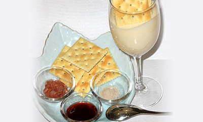 クリームチーズとお豆腐のチーズ豆腐 ≪クラッカー添え≫